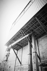 Stortpijp... #2019#assen#havenkade#old#historic#fabric#building#architecture#bnw#bnwphotography#bw#bwphotography#photography#blackandwhite#photooftheday#instadaily#love#pipe#explore#world#industrial#industry#moodygrams#outdoor#cityphotography#streetphotog (agnes.postma.hoogeveen) Tags: photooftheday love loveit moodygrams havenkade city bwphotography industry streetphotography building world blackandwhite bw street cityphotography pipe architecture historic explore assen old instadaily bnw outdoor 2019 industrial urban fabric bnwphotography photography