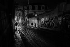 Ascensor da Glória #4 (Hendrik Lohmann) Tags: streetphotography street nightshot nightlife nightphotography nikonphotographer night nikondf people portugal series lisboa lissabon light love lowlight urban urbanart urbanlife