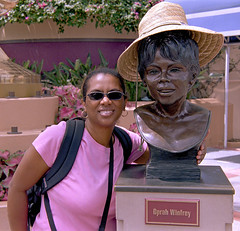 One-on-One with Oprah (Totally Amateur) Tags: nikonf100 nikon28300f3556afsvr kodakgold100 florida oprah film expiredfilm colorperfect hat statue bust nikones2 negativefilm disney orlando hollywoodstudios