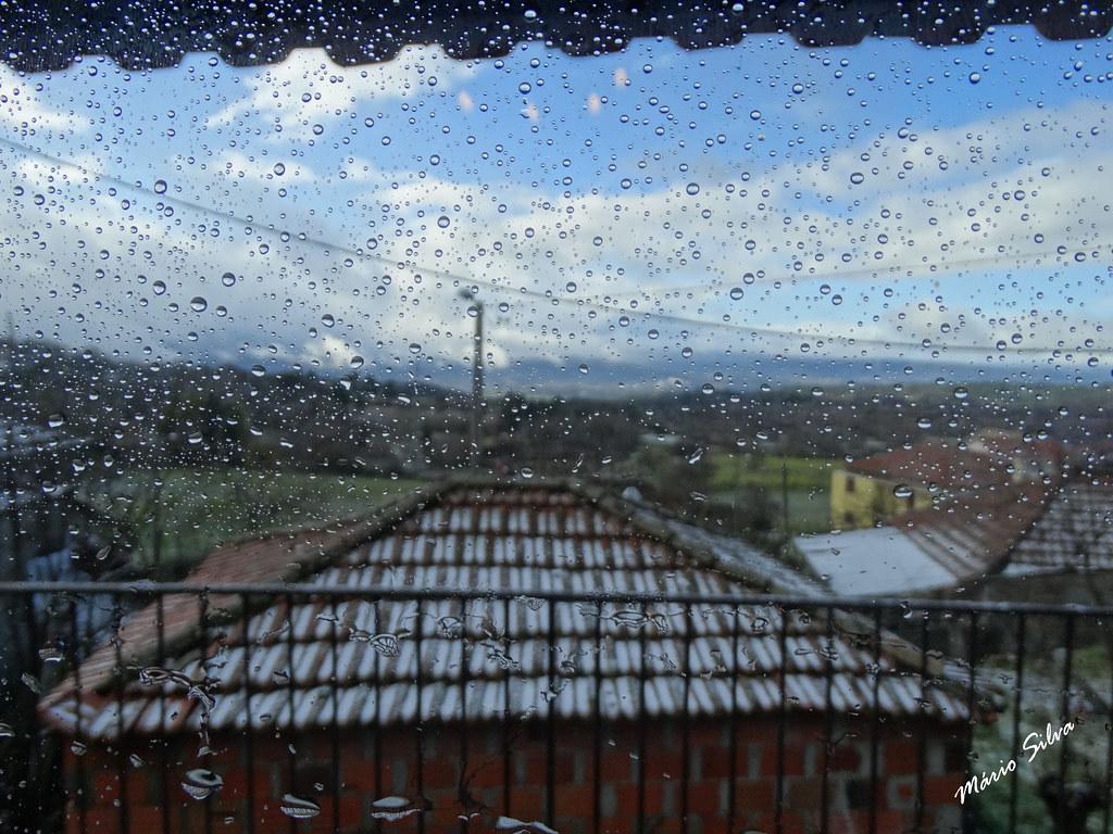 Águas Frias (Chaves) - ... os pingos da chuva ...