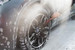 IMG_1356 (Blongman) Tags: auto car vl japan bmw toyota x6m carwash wash water russia 7d