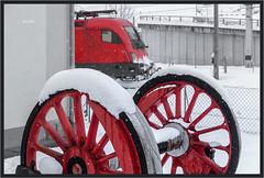 "Red Wheels Monument ("" Wiener Schule "") Tags: öbb oebb obb austria taurus 1016 1116 selzthal eisenbahn railway railroad"