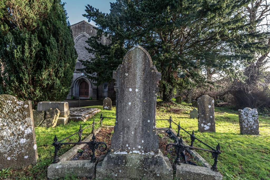 ST COLUMBA'S CHURCH AND GROUNDS IN SWORDS COUNTY DUBLIN [CHURCH ROAD]-148786