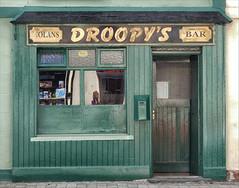 Droopy's (jo92photos) Tags: bar pub publichouse alehouse ireland waterford green droopys nolansbar town shop shopfront window