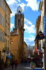 Rue Espariat (RarOiseau) Tags: aixenprovence paca bouchesdurhône église rue ville ombre lumière