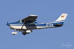 Cessna 182R Skylane II – Belgium-Politie/Police – G-04 – Brussels Airport (BRU EBBR) – 2019 02 15 – Landing RWY 25R – 01 – Copyright © 2019 Ivan Coninx (Ivan Coninx Photography) Tags: ivanconinx ivanconinxphotography photography aviationphotography brusselsairport bru ebbr cessna cessna182 skylane g04 police politie