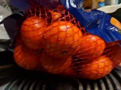 Orange (earthdog) Tags: 2019 orange fruit bag kitchen food edible house home googlepixel3 pixel 3 androidapp moblog cameraphone soft blur