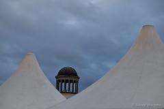 Berlin ist wieder winterlich (Sockenhummel) Tags: weihnachtsmarkt weihnachtsmarktschloscharlottenburg zelt dächer zeltdächer museum bröhanmuseum winter himmel fuji xt10