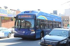 IMG_5095 (GojiMet86) Tags: mta nyc new york city bus buses 2017 xn40 711 subway shuttle 33rd street 37th avenue