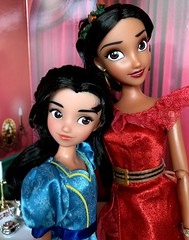 Sister love (Foxy Belle) Tags: disney doll diorama food avalon sisters princess store elena avalor isabel sister little
