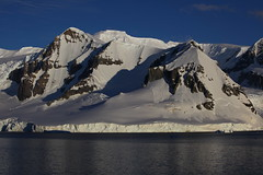 IMG_6880 (y.awanohara) Tags: cuvervilleisland cuverville antarctica antarcticpeninsula icebergs glaciers blue january2019