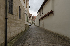 Road to Alte Hofhaltung Bamberg (rschnaible) Tags: alte hofhaltung bamberg germany europe old history historical building architecture street photography