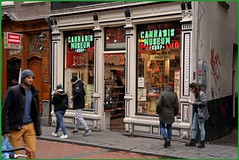 Cannabis Museum Amsterdam Red Light district (martin alberts Pictures of Amsterdam) Tags: cannabis martinalberts redlightdistrict amsterdam hash drugs cannabismuseum d5200