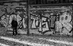 Street-shooter (Nikonsnapper) Tags: nikon d750 nikkor 35mm rome street grafitti bw photographer shadows light