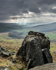 Bilsdale from the Wain Stones (Donard850) Tags: bilsdale northyorkmoors wainstones clouds crepuscularrays rocks valley