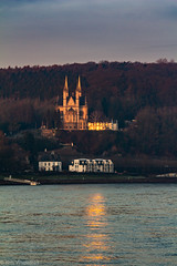 Appolinariskirche im Sonnenaufgang-100 (nils.wuestefeld) Tags: sun sonne river rhein fluss sunrise wasser spiegelung sonnenaufgang church kirche