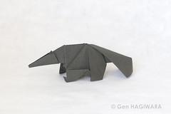 オオアリクイ / Giant anteater (Gen Hagiwara) Tags: origami paper folding papercraft craft art aimal genhagiwara anteater