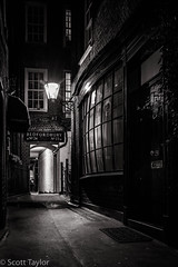 Gaslight, Bedfordbury (Scrufftie) Tags: gitzogt3542xlsseries36xsystematictripod night manfrotto canon5dsr gitzotripod london coventgarden style blackwhite mono bw manfrotto405progearedtripodhead workshop gitzo