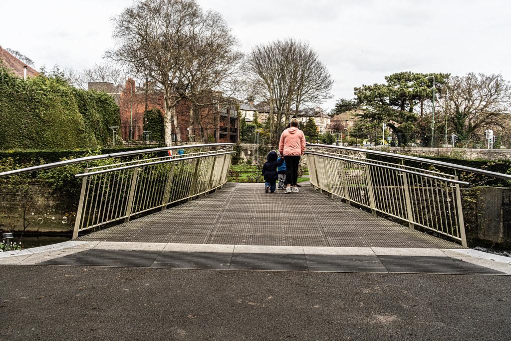 THE BOTANIC GARDENS IN GLASNEVIN DUBLIN [ TODAY I USED A VOIGTLANDER 40mm F1.2 LENS]-150625