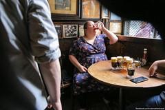 IMG_9971 (samsebeskazal) Tags: newyork newyorkcity people strangers streetphoto mcsorleys bar beer alehouse
