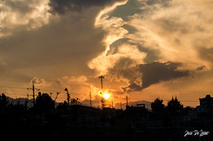 Atardecer. (josedeleonphoto) Tags: quetzaltenango new dawn bnw texture cielo rural art bright day countryside sunlight guate sun blur naturephotografy nikon nikkor flickr horizon contrast colors colours coloful panorama ngc amanecer