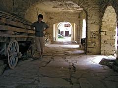Draguc passage (Vid Pogacnik) Tags: croatia hrvatska istra istria draguc draguć village passage