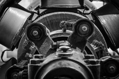 WALL-E (FERY Anthony Photographie) Tags: urbex urbanexploration underground usine industriel industry industrielle pentax pentaxk3 sigma france metal electric production noir blanc decay désaffecté decayed rusty walle robot