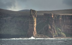 Hoy's old man just catching the sun (BoblyP) Tags: boblyp oldmanofhoy orkney scotland uk seastack cliffs hoy