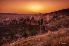 Atardecer sobre Cuenca (T. Dosuna) Tags: 20190220 cuenca atardecer ocaso fotografíadepaisaje landscape fotografiaurbana fotografíanocturna castillalamancha españa spain tdosuna nikon d7100