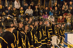The last game (hoangphatngox) Tags: marshallduluth duluth heritagearena hockey team teammates yellow black stand 55250 smile person focus zoom