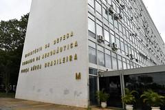Fotos produzidas pelo Senado (Senado Federal) Tags: bie fachada prédio governofederal letreiro esplanadadosministérios ministériodainfraestrutura identificação ministériodadefesa comandodaaeronáutica forçaaéreabrasileira exércitobrasileiro forçaarmada brasília df brasil bra