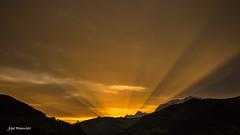 Ah  ces italiens !!!  ils posent  des sacrés spots de l' autre coté du Mt Blanc !!  ça envoie ........ (Rouvier Jean Pierre) Tags: