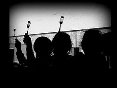parówkowym skrytożercom... (stempel*) Tags: polska poland polen polonia gambezia pentax k30 eceg rzepka chęciny bw czb parówki silhouette kids fun breakfast śniadanie