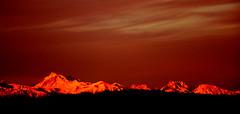 Horizon haut-alpin 2 (RarOiseau) Tags: hautesalpes fouillouse lesécrins levieuxchaillol sommet couchant lumière ciel montagne nuage panorama horizon saariysqualitypictures