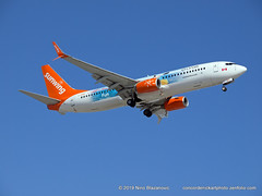 Sunwing / Oasis Boeing B-737-800 (ConcordeNick ArtPhoto) Tags: aircraft airplane airliner jet flight flying aviation aviationphotography transport transportation travel boeing b737 b737800 sunwing concordenickartphoto concordenickartphotozenfoliocom olympus e5