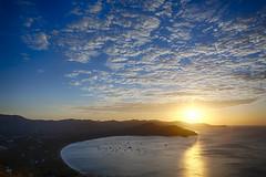 Playas del Coco (Mario Arana G) Tags: 7d atardecer cr canon costarica guanacaste landscape marioarana nature naturephotography photography summer sunset