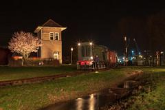 SGB 521 + buurtgoederen (Durk Houtsma.) Tags: sgb goes 521 hippel borssele 121 motorwagen stoomtreingoesborssele omc bakkie c909 oersik stoomtrein locomotor zeeland nederland nl