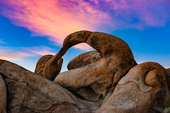 Mobius Arch (RS2Photography) Tags: graboidcountry graboid inyocounty inyo art april2019 naturalarch eos blue red colors sky 24mm canont3i canon ross rossstone rs2photography naturephotography dawn beauty smugmug flickr mobius arch mobiusarch lone pine lonepine california nature natural alabamahills sunrise colours window
