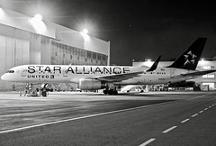 United Airlines 1997 Star Alliance Boeing 757-200 N14120 c/n 27562 at San Francisco Airport 2019. (planepics43) Tags: unitedairlines unitedexpress boeing 757 757300 757222 n14120 27562 staralliance sfo sfoov sanfranciscoairport airport aviation aircraft airplane claytoneddy 17crossfeed landing lufthansa southwestairlines americanairlines deltaairlines flying flightattendant flight maintenance 787 777 747 737 767