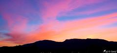 Coucher de soleil sur le Jura (Jean-Daniel David) Tags: nature ciel nuage montagne jura orange bleu panorama paysage yverdonlesbains suisse suisseromande vaud groupenuagesetciel
