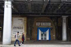 Hop Kingdom, London Bridge (London Less Travelled) Tags: uk unitedkingdom britain england london city urban street bermondsey londonbridge southwark southlondon arches railway shop people hop sign