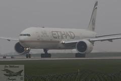 Etihad Airways Boeing B777-3FX(ER) (jonny4x4uk) Tags: man manchesterairport ringway egcc avgeek aircraft civilian southside 23l 23r boeing b737 b757 b747 b777 b787 dash8 airbus a319 a320 a350 a380 a330 q400 bombardier crj1000 iberia flybe ba britishairways speedbird airfrance virginatlantic virgin jet2 tui etihad skyteam emirates united lufthansa sacandinavian airlines sas singapore thomascook jumbo hainan cathaypacific icelandair dreamliner klmasia airlivery hawker beechcraft cockpit closeup departures a6ets