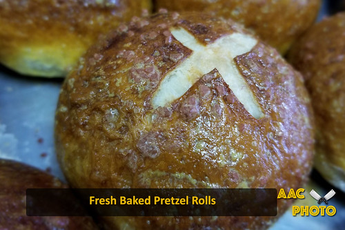 "Pretzel Rolls • <a style=""font-size:0.8em;"" href=""http://www.flickr.com/photos/159796538@N03/46999051701/"" target=""_blank"">View on Flickr</a>"