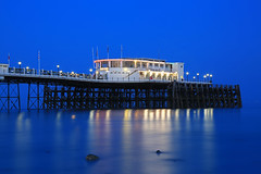 2018_05_06_0260 (EJ Bergin) Tags: sussex westsussex landscape worthing sunset beach sea seaside worthingpier seafront bluehour southernpavillion