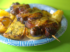 Belly Pork, Chorizo and Sausage Skewer (Tony Worrall) Tags: add tag ©2019tonyworrall images photos photograff things uk england food foodie grub eat eaten taste tasty cook cooked iatethis foodporn foodpictures picturesoffood dish dishes menu plate plated made ingrediants nice flavour foodophile x yummy make tasted meal nutritional freshtaste foodstuff cuisine nourishment nutriments provisions ration refreshment store sustenance fare foodstuffs meals snacks bites chow cookery diet eatable fodder ilobsterit instagram forsale sell buy cost stock bellypork chorizo sausageskewer meat bread