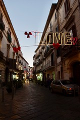 (AleColamonici) Tags: streetphotography streetphoto street aversa lights valentinesday love