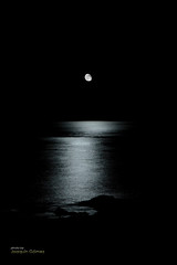 Midnight (Oddiseis) Tags: tamron175028 moon reflections sea mediterranean nightscape night nocturnal formentera balearicislands spain beach