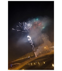 _PXK0477b (Concert Photography and more) Tags: 2018 december winter italy pisa city town night pisabynight fireworks sparks spark river reflection buildings lights people party yearsend crowd liveactionhero pentax pentaxk1 hdpentaxdfa1530mmf28edsdmwr