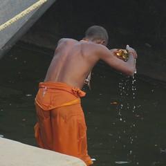 varanasi 2019 (gerben more) Tags: varanasi benares man ritual water india ceremony