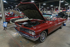 2019marksautoexpo-69 (gtxjimmy) Tags: sonya7ii sony alpha a7ii mirrorless westspringfield massachusetts winter carshow autoshow autorama bige easternstatesexpo marks marksnortheastmotorsportsexpo auto automobile car pontiac catalina covertible world cars